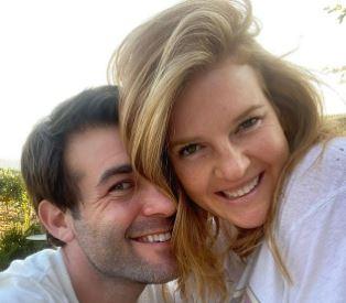 You are currently viewing Elizabeth Jae Byrd Bio, James Wolk Wife, Age, Net Worth