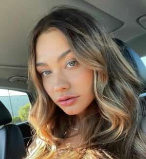 Read more about the article Celina Smith Biography, Steve Will Do It, Age, Net Worth