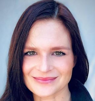 Read more about the article Meredith Littas Bio, David DeSantos, Age, Job, Instagram